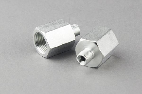 Britanski standardni adapter-creva